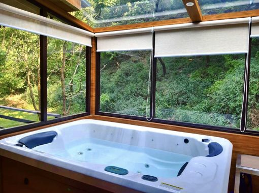 Jaccuzi | Dolina Retreat